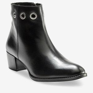 Boots en cuir à oeillets – 713906